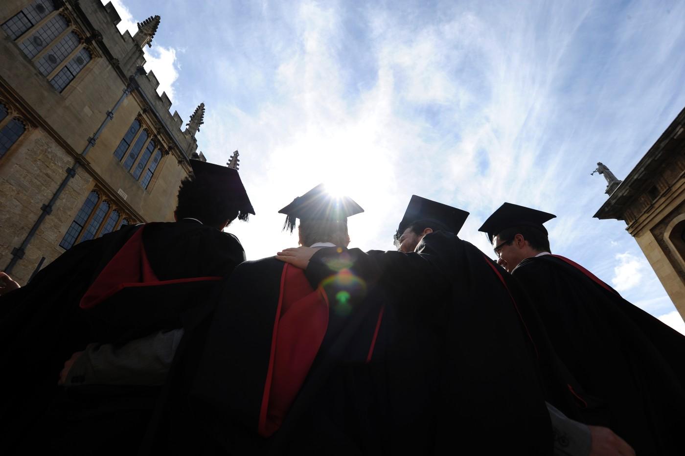 Vì sao nên học kinh doanh tại Anh?