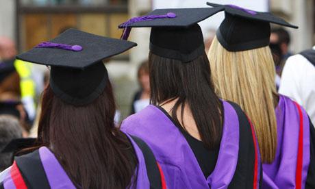 Tên gọi University và College khác nhau thế nào