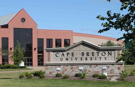 Du học tại Canada trường đại  học Cape Breton (Sydney, Nova Scotia)